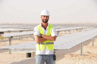Tek Solar engineer